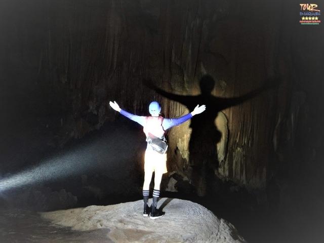 du lịch Quảng Bình tour khám phá 4500m động Phong Nha 7