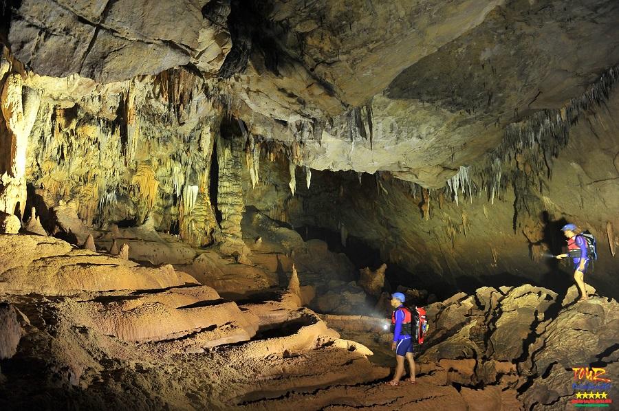 Quảng Bình tour du lịch khám phá động Phong Nha 4500m 1