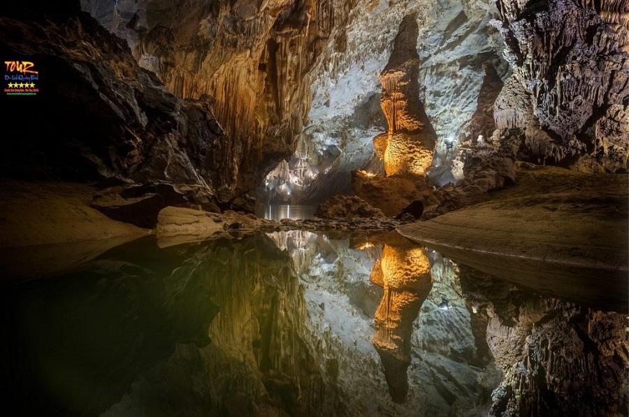 Tour du lịch Quảng Bình địa điểm động Phong Nha 2