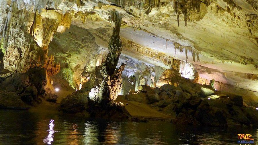 Tour du lịch Quảng Bình địa điểm động Phong Nha 9