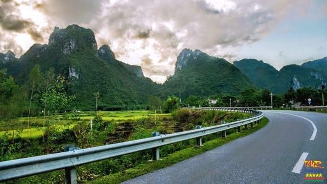 Tour du lịch Quảng Bình Phong Nha Kẻ Bàng 10