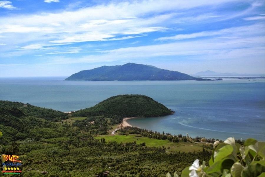 Tour Quảng Bình đi du lịch Vũng Chùa - Đảo Yến 1
