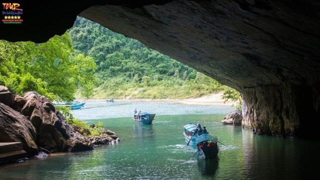 Tour Quảng Bình địa điểm du lịch động Phong Nha 10