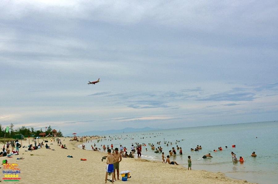 Bãi biển Nhật Lệ beach, bãi tắm trung tâm Đồng Hới, Quảng Bình 2
