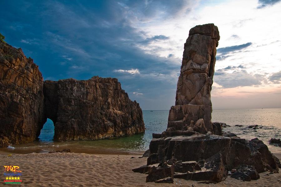Quảng Bình địa danh du lịch danh thắng Đá Nhảy 2