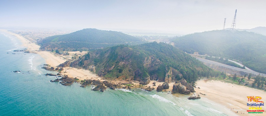 Tour Quảng Bình địa điểm du lịch biển Đá Nhảy 1