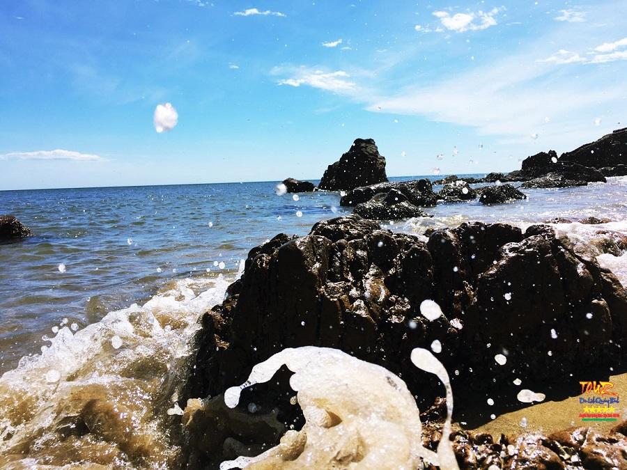 Tour Quảng Bình địa điểm du lịch biển Đá Nhảy 2
