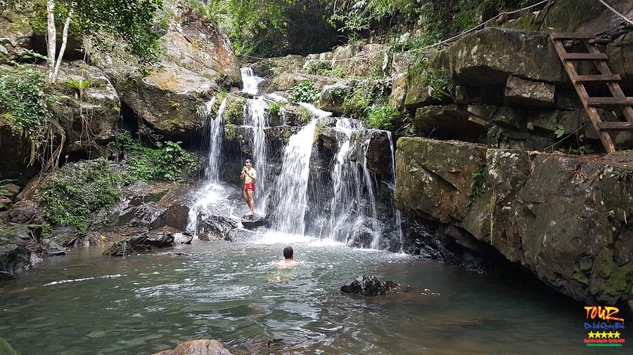 Tour Quảng Bình du lịch vườn thực vật, thác Gió Phong Nha 1